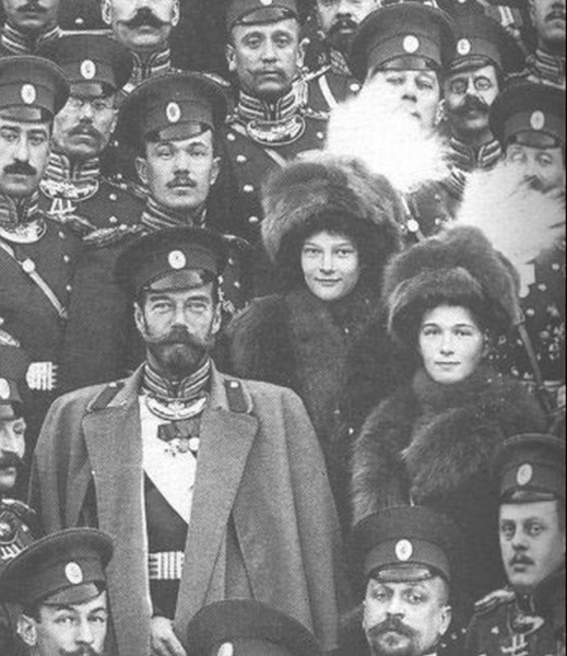 Tsar Nicholas II with his officers and his two eldest children, Grand Duchess Olga and Grand Duchess Tatiana
