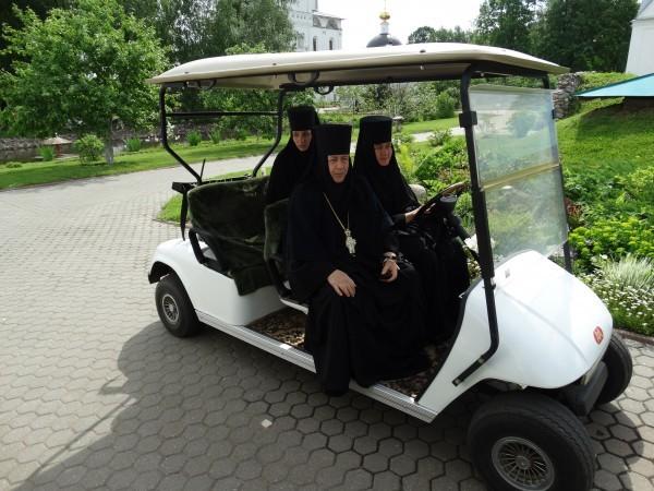 Игуменья Варвара (Третьяк) с сестрами