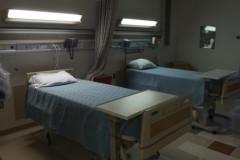Волонтеры посетили в больницах пострадавших в аварии в метро