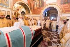 Блаженнейшего митрополита Владимира похоронят на братском кладбище возле храма Рождества Божьей Матери