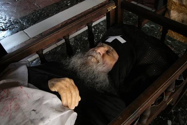 Преодоление смерти в монашеской жизни