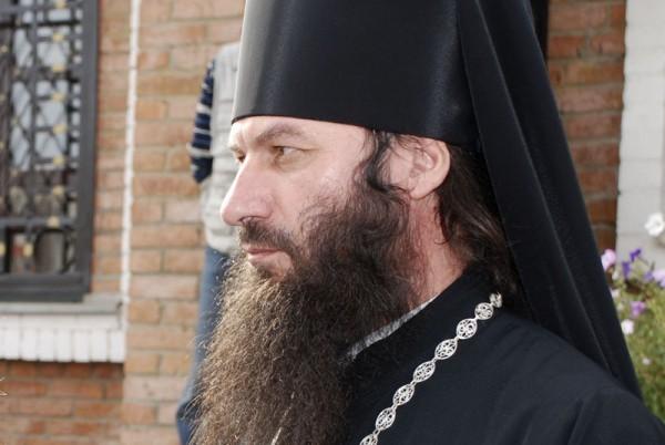 Русская Церковь помогает многодетной семье погибшего священника из Луганска