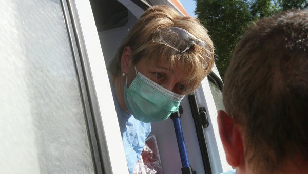 Доктор Лиза вывезла из Донецка девять больных детей