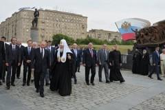 Патриарх Кирилл поддержал инициативу Президента по воссозданию монастырей в Кремле