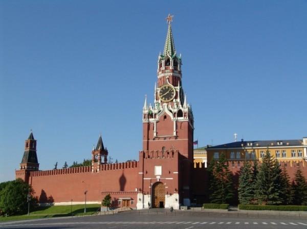 Для посетителей Московского Кремля открыли Спасскую башню