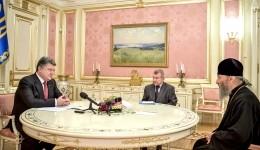 Президент Украины лично поздравил новоизбранного Предстоятеля Украинской Церкви
