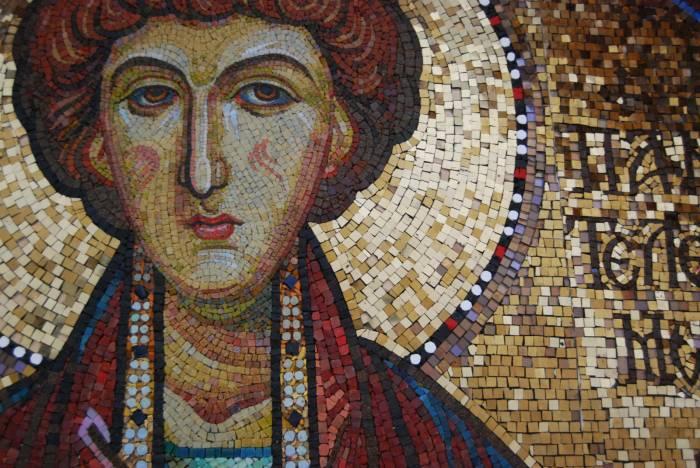 Святой пантелеймон целитель молитва о родных