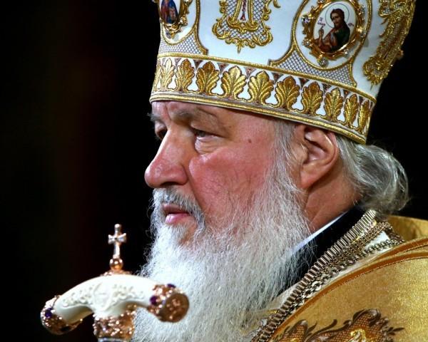 Патриарх Кирилл: Я не верю, что снаряд был сброшен на храм случайно