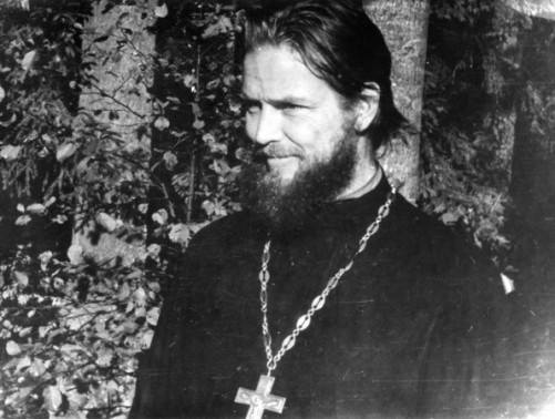 Священник Павел Адельгейм в 1975 году. Здесь ему 37 лет