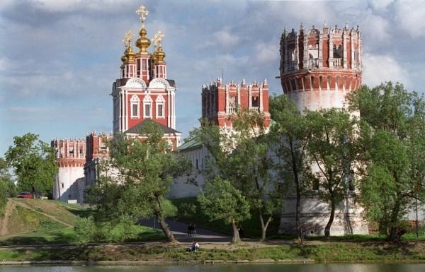 При московских храмах могут появиться археологические музеи