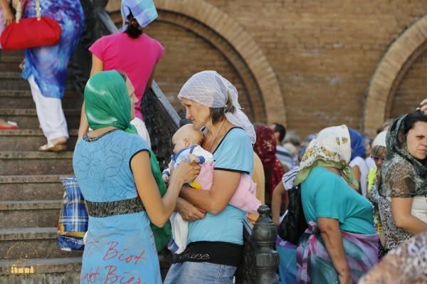 4. Беженцы в Святогорской Лавре_новый размер_новый размер