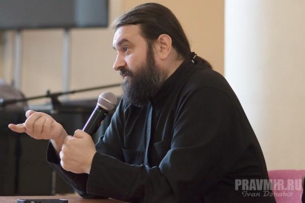 Протоиерей Андрей Ткачев: Задача нового Предстоятеля Украинской Церкви – сплотить паству в молении Богу о прекращении кровопролития