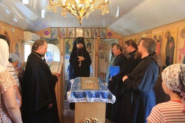 Архиепископ Горловский Митрофан:  Говорить о прощении тяжело, когда видишь убитых детей