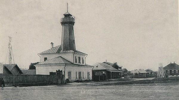 Пожарное депо Мологи, построенное в 1870 году по проекту А.М. Достоевского, брата великого писателя.