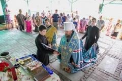 Митрополит Антоний (Паканич): О помощи беженцам, волонтерах и деятельных монахах