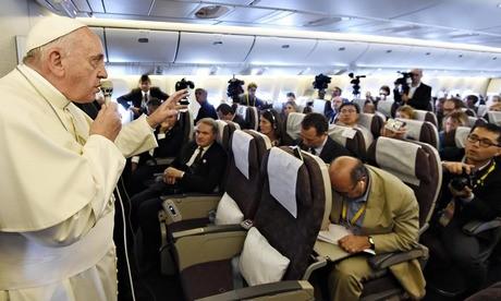 «Новость» о планируемом отречении Папы Франциска основывалась на неправильном переводе его слов на русский