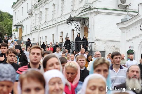 Sorokovoi_den_po_Predstoiateliu_Mitropolitu_Vladimiru_1