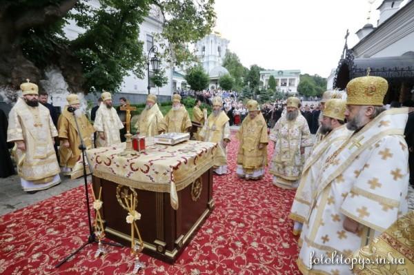 Sorokovoi_den_po_Predstoiateliu_Mitropolitu_Vladimiru_4