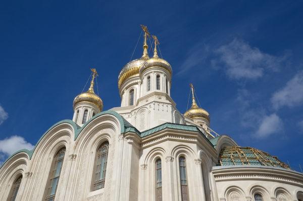 Сретенский монастырь: история обители и святыни