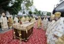В Киево-Печерской Лавре совершена литургия на сороковой день по успению Блаженнейшего Митрополита Владимира
