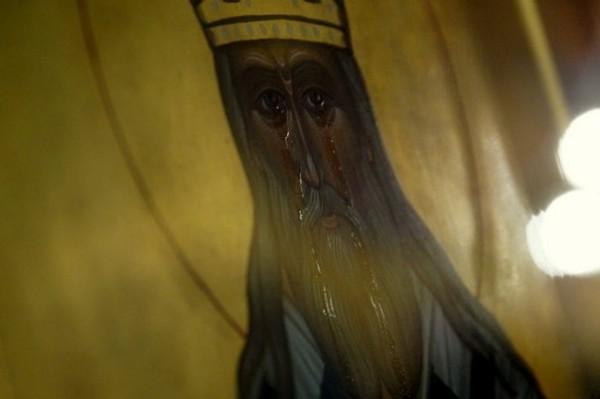 В домовом храме Хабаровской семинарии замироточила икона святителя Иннокентия Московского