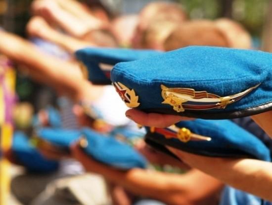 Десантники в Хабаровске пройдут крестным ходом в день ВДВ
