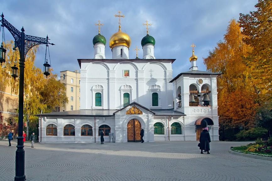 Сретенский монастырь. Храмы
