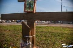 В Благовещенске спилили поклонный крест на месте строительства нового храма