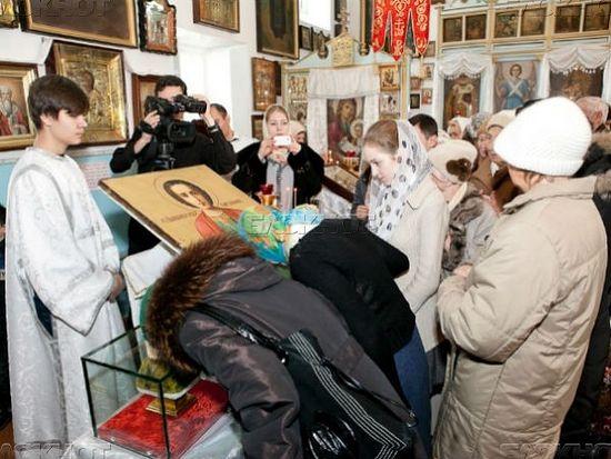 В Волгоград привезут мощи святого целителя Пантелеимона