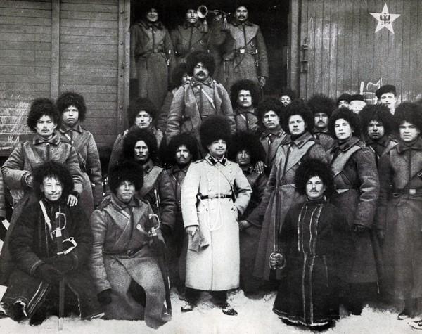 Пятиконечная звезда с орлом, на вагоне воинского поезда, Российская империя, фото Виктора Буллы, 1905 год.