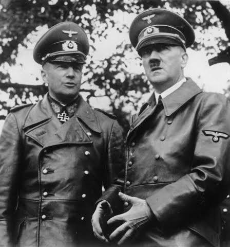 Фон Браухич и Гитлер в 1939 году