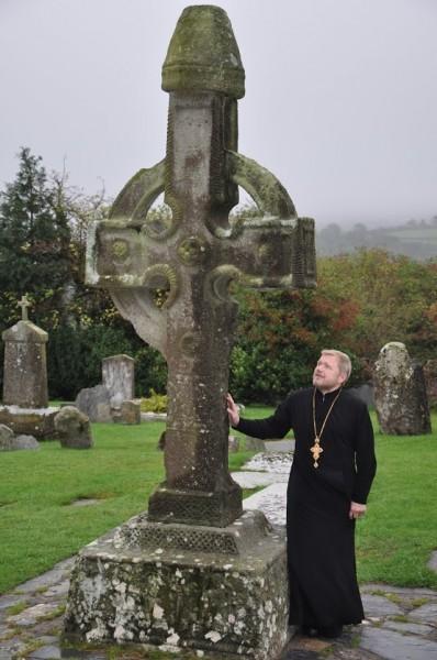 Крест VIII века Ирландия. Ахенни.