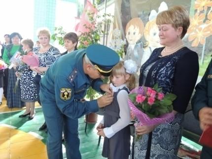 Школьница из Владимирской области спасла во время пожара младшую сестру