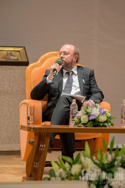 Илья Кузьменков