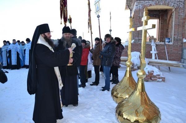 Освящение монастырских куполов