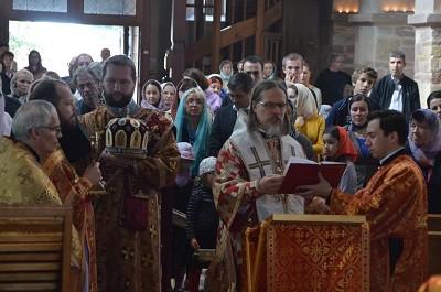 В Эшо, где находятся мощи святых Веры, Надежды Любови и их матери Софии, прошли праздничные богослужения