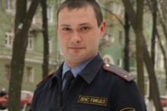 В Перми инспектор ДПС вынес из горящего дома восемь человек