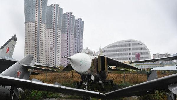 На Ходынском поле в Москве освятили храм-часовню в память героев-авиаторов