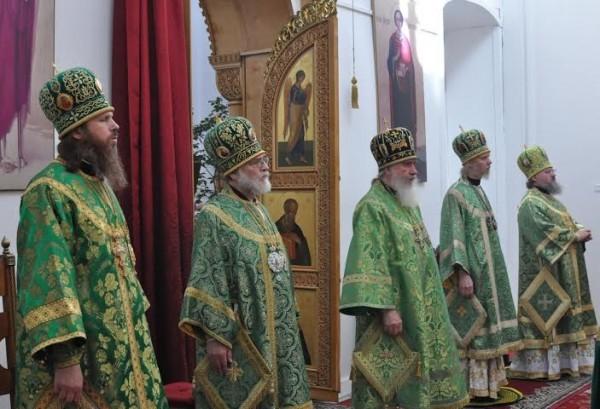 Владыка на праздновании преподобного Тихона Калужского