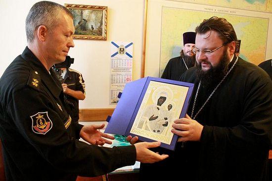 Смоленская епархия передала Черноморскому флоту походный храм
