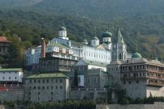 Афонский Свято-Пантелеимонов монастырь рассказал о правилах оформления паломничества в обитель