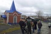 Жители Челябинской области обнаружили надгробие священника под фундаментом собственного дома