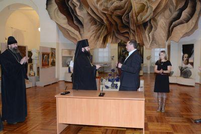 Смоленской епархии передадут архиерейское подворье Благовещенского собора