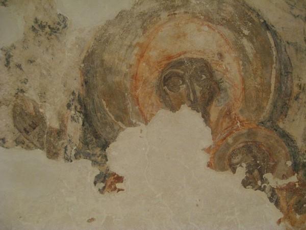 Богоматерь с Младенцем. Фрагмент фрески алтарной апсиды