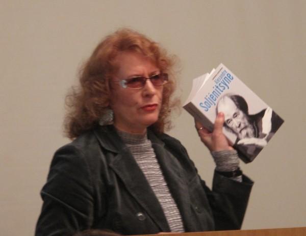 Людмила Сараскина: К дискуссиям о месте Александра Солженицына в истории