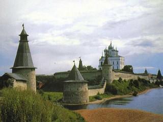 В Псковском кремле возобновили реставрационные работы