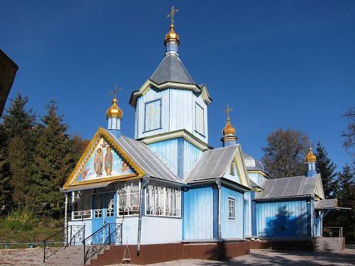 В Тернопольской области раскольники захватили храм УПЦ Московского Патриархата