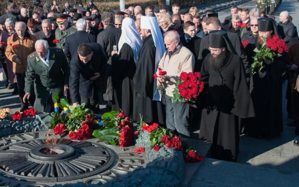 Иерархи Украинской Православной Церкви почтили память освободителей Украины от фашистских захватчиков