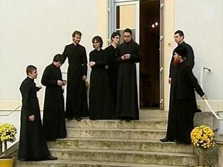 Русская Православная Церковь приглашает верующих для социальной работы