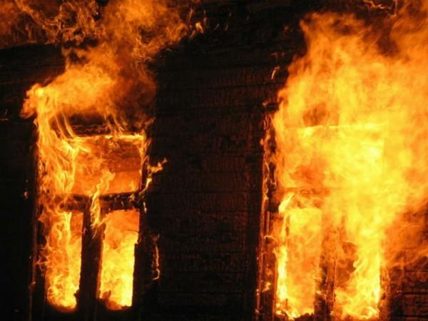 Житель Воронежа спас ребенка во время пожара